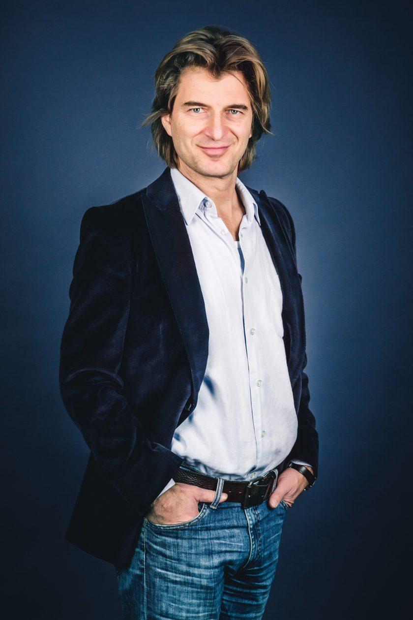Portrait Schauspieler Daniel Doujenis